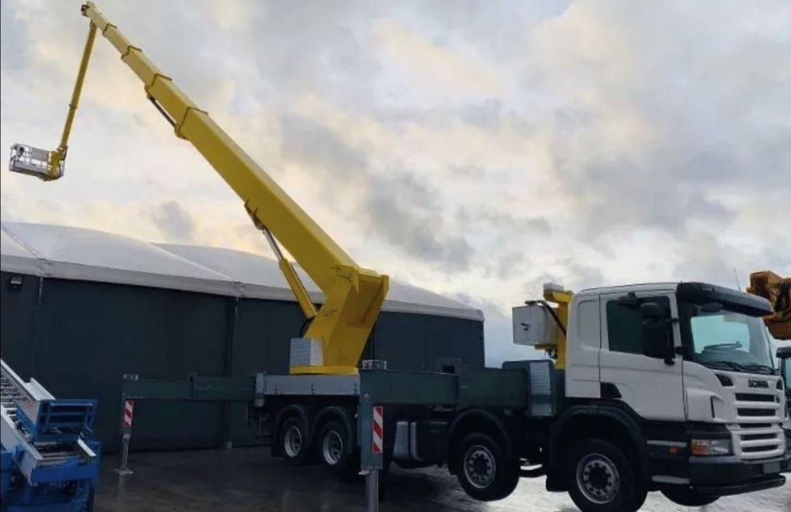 61 méteres Scania